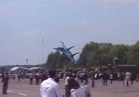 O T Attn Vmf Aviators Su27 Down At Lviv Airshow
